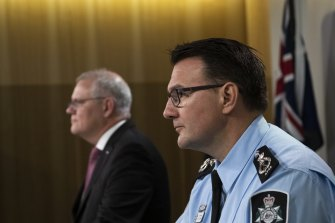 AFP Commissioner Reece Kershaw urged Hakan Ayik to turn himself in.