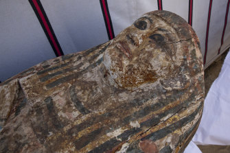 An ancient coffin that was unearthed in Saqqara, south of Cairo, in a vast necropolis filled with burial shafts, coffins and mummies dating back to the New Kingdom.