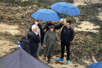 Brenda Blethyn, who plays DCI Vera Stanhope, and Kenny Doughty, who plays DS Aiden Healy, on set at Tynemouth.