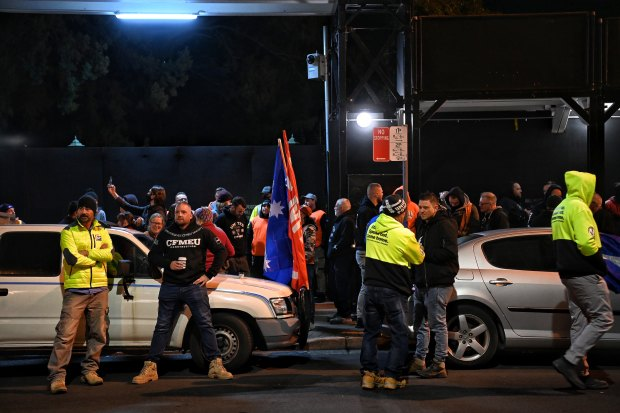 CFMMEU members and community members picket Willow Grove in Parramatta on Tuesday morning.