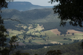 The scenic Kangaroo Valley is a popular tourist destination, especially on weekends and holidays when the regular population of 3000 swells.