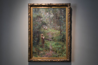 Frederick McCubbin's What the Little Girl Saw in the Bush hung beside the masterpiece The Pioneer in a 1904 exhibition.