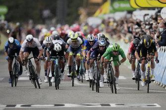 Cavendish beat Belgians Wout van Aert and Jasper Philipsen.