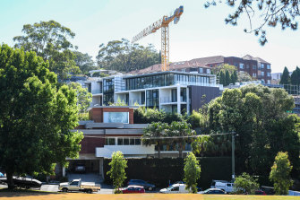 A stop-work order has been issued to the developer of the apartment building in Bellevue Hill.