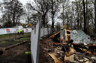 The clean-up from the NSW bushfire season began at Peter Hassell's Rainbow Flat property on Wednesday.