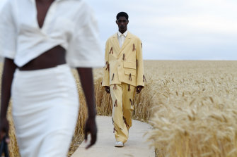 Could Melbourne take a cue from Jacquemus' show in a French wheat field?