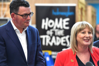 Minister for Training and Skills Gayle Tierney with Premier Daniel Andrews at Holmesglen TAFE in 2018.