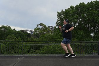 Kate Young trains for this year's (virtual) City2Surf in Sydney's Royal Botanic Gardens.