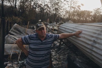 Marty Allaway, whose home was destroyed in the bushfires, had to drive  through flames blowing sideways over his car.