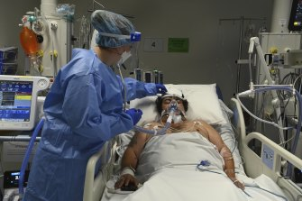 COVID sufferers in western Sydney are reporting to hospital only when very sick.