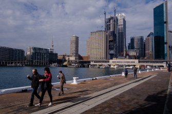 Sydney's population has flatlined due to a slump in net migration.