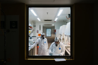The variant lab – seen here through thick protective glass.