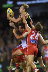 Sky of the Tiger: Tom Lynch flies.