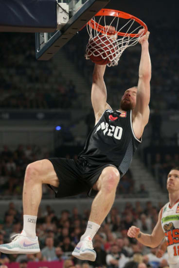 Ageless; Melbourne United veteran David Barlow slams home a dunk.