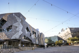 Take a tour of Melbourne's best architecture, new and old