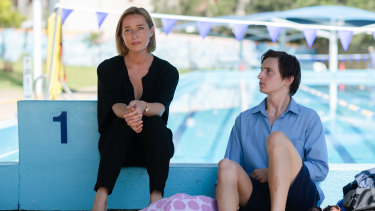 Simone (Asher Keddie) is torn between protecting her son Andy (Alex Cusack) and making him take responsibility for his actions and attitudes.