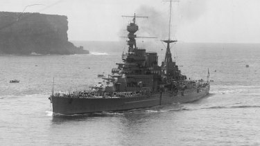 HMS Repulse of the British fleet enters Sydney Harbour in 1924.