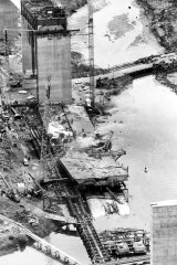 Aerial shot of the collapse of the West Gate Bridge in October 1970.