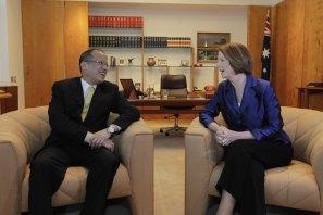 Australian Prime Minister Julia Gillard meets with Benigno Aquino in Canberra on October 24, 2012.