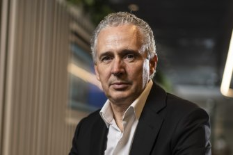 Telstra boss Andy Penn says under the current proposal, the telco would need to give up the amount of radio wave spectrum it uses.