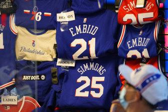 A fan shops for souvenirs in Philadelphia.