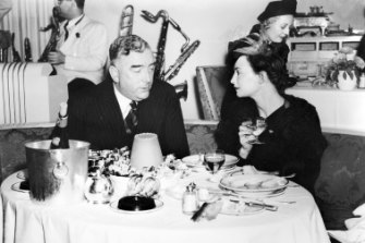 Menzies dines with and Mrs Stewart Jamieson at Prince's restaurant in July 1939, three months after he assumed leadership of the United Australia Party.