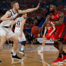 Perth chase NBL title in Melbourne on Sunday after game three win