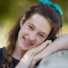 'My own strength': VCE student goes to great lengths to complete Auslan exam