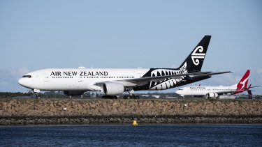Qantas and Air New Zealand have scheduled hundreds of flights per week in response to the opening of a travel bubble.