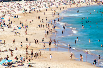 Dozens of people at Noah's Backpackers Bondi in Sydney's eastern suburbs are in quarantine.