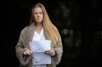 Colleen Smith has spent the past 15 months trying to claw back the $120 her father paid for an unwanted Optus plan.