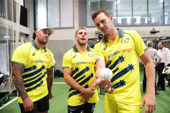 Josh Hazlewood (right), gives some pointers to NRL duo Andrew Fifita (left) and Adam Elliott in Sydney on Thursday.