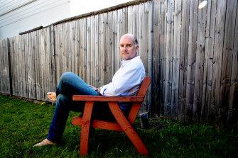 Associate Professor Darren Saunders.