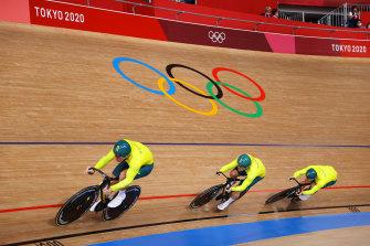 Matthew Richardson, Nathan Hart and Matthew Glaetzer of Team Australia in the men's sprint.