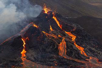 A volcanic eruption has begun in Fagradalsfjall near the Icelandic capital Reykjavik.