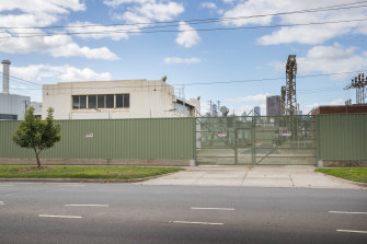 An electricity substation on Salmon Street in Port Melbourne has been recommended for local heritage protection.