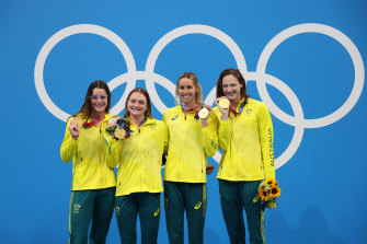 Kaylee McKeown, Chelsea Hodges, Emma McKeon and Cate Campbell with their medley relay gold medals.