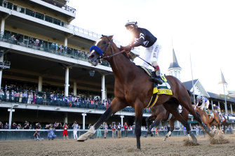 Authentic wins the Kentucky Derby.