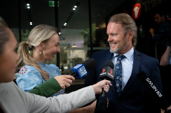 Craig McLachlan with his partner Vanessa Scammell after the not guilty verdict was announced.