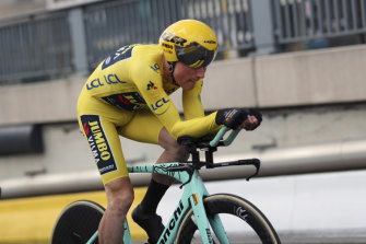 Yellow jersey Mike Teunissen during Jumbo Visma's team time trial on Sunday.