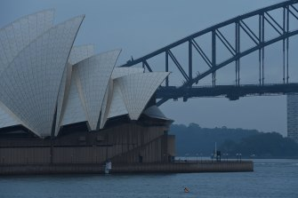 Up to 25 millimetres of rain could fall in Sydney on Wednesday with a severe weather warning issued for the state's south-east.
