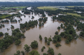 A swollen Nepean River near Penrith during the March floods.