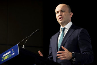 Energy and Environment Minister Matt Kean says new grid connections will boost the take up of renewables and drive down both emissions and prices.