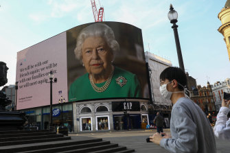 A message of support from the Queen in London's Piccadilly Circus. Many Britons stand accused of not taking COVID-19 restrictions seriously.