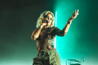 Allen powered through the show despite a sore throat, as she did at the Forum in Melbourne earlier in the week.