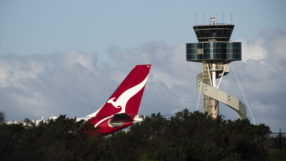 Qantas engineer dismissed after 'creepy' comments to flight attendant