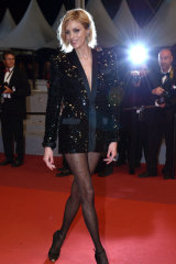 Model Anja Rubik shows off the ear cuff trend at Cannes.
