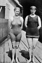 Mina Wylie and Fanny Durack pictured at the 1912 Stockholm Olympics.