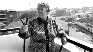 Anthropologist Margaret Mead inspects the housing development that became The Block in Redfern, May 1973.