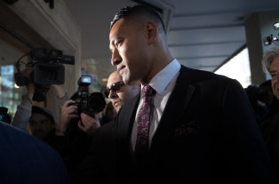 Israel Folau is set to enter mediation with Rugby Australia over his dismissal.